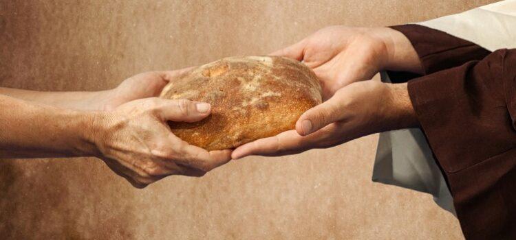 Carità, spezzare il pane insieme